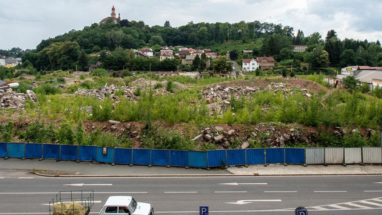 Rozvaliny zmizí. Náchod chce v lednu vybrat vítěze soutěže a svěřit mu výstavbu nové čtvrti na troskách bývalé fabriky Tepna.