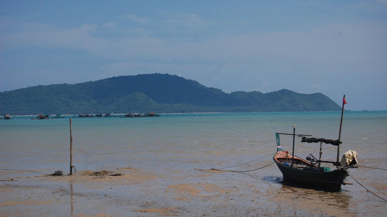 Ostrov Phuket v Andamanském moři na jihozápadě Thajska patří k největším turistickým magnetům v regionu.