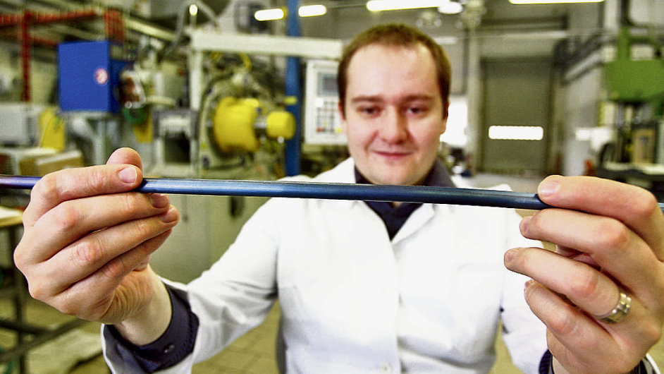 Nanotechnologie je oborem budoucnosti.