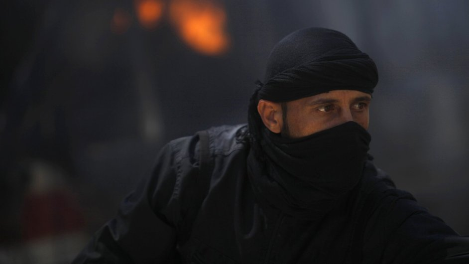 Islamista ze syrské povstalecké fronty an-Nusrá napojené na Al-Káidu
