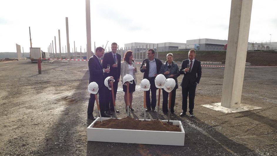 Původně spekulativní projekt Prologisu na D1 bude využívat DHL jako distribuční centrum Mattelu