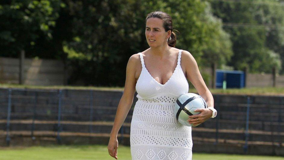 Damková Dagmar, fotbalová rozhodčí