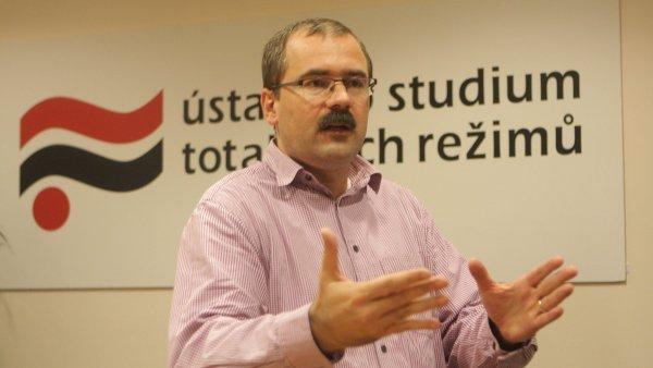 Bývalý ředitel Ústavu pro studium totalitních režimů Pavel Žáček.