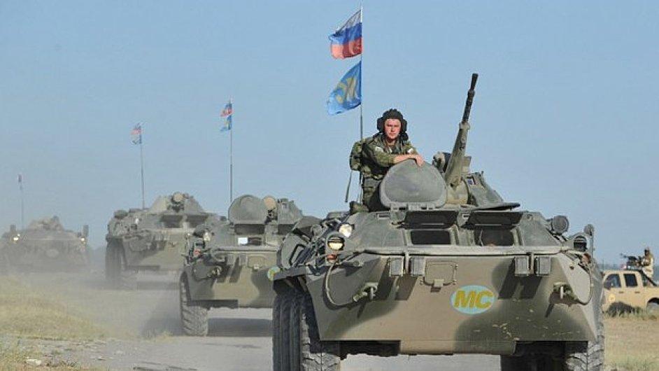 Ruské vojsko je v pohybu.