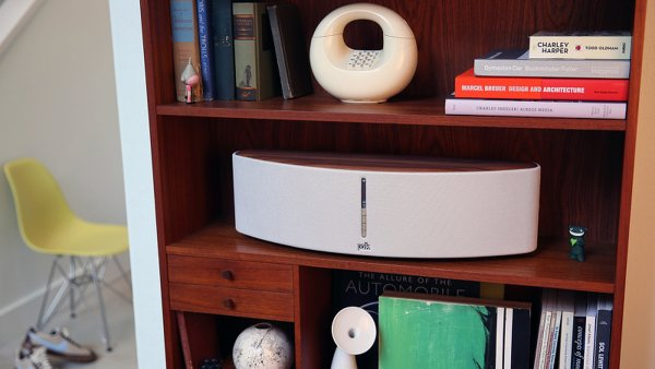 TEST: Polk Woodbourne nadchne designem i d�razn�m zvukem s v�razn�mi basy