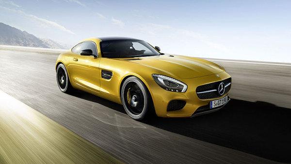 Auto Report: Mercedes-AMG GT S �ve jako startuj�c� letadlo