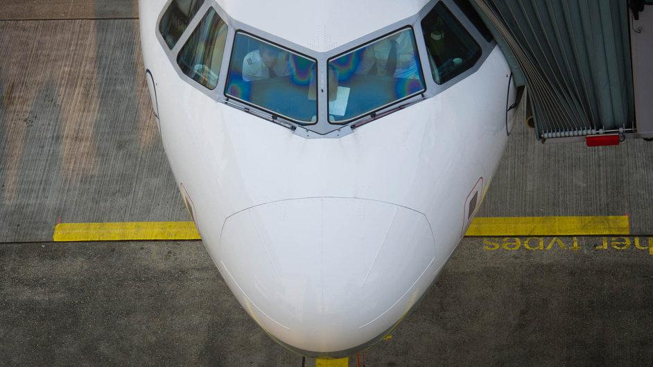 Cestující vnímali přítomnost civilních cestujících v kabině pilotů Germanwings jako nestandardní záležitost - Ilustrační foto.
