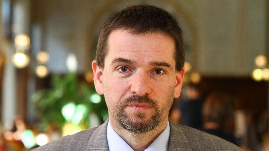 Podle šéfa EMS Petra Stránského si Praha za problémy s Opencard může sama.