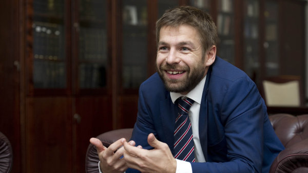 Ministr spravedlnosti Robert Pelikán chce přezkoumávat odbornou kvalitu soudních znalců - Ilustrační foto.