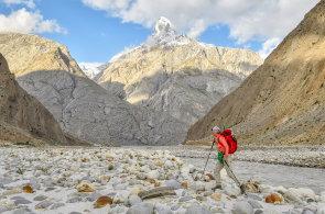Mohla být první Češkou, která zdolá K2, lavina ale rozhodla za ni. V tu chvíli je člověk titěrná bytost, říká Klára Kolouchová