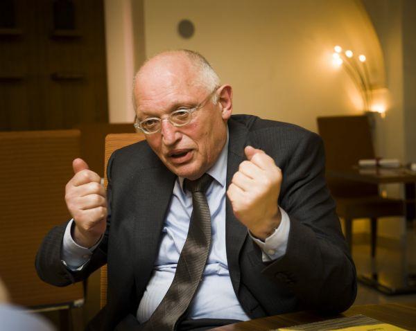 Bývalý eurokomisař Günter Verheugen