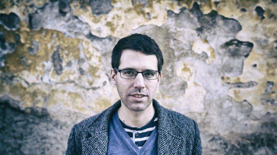 Kytarista David Dorůžka (na snímku) na přelomu roku se svým triem vydal album Autumn Tales. Účinkují na něm kontrabasista Jiří Slavík a bubeník Martin Novák.