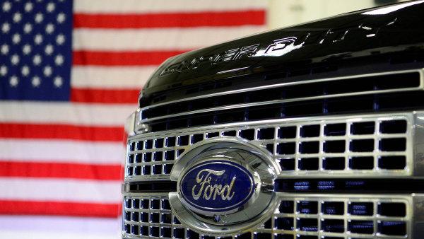 V čele americké automobilky Ford střídá dosavadního šéfa Marka Fielda Jim Hackett.
