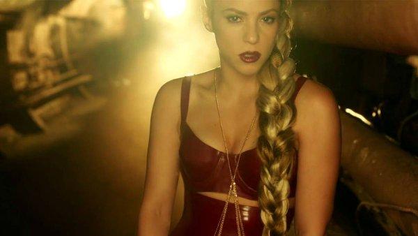 Snímek z nového videoklipu Shakiry.