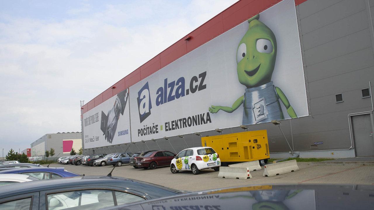 Alza.cz je největším internetovým prodejcem v Česku.