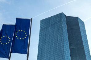 Eurozóna si drží nejrychlejší tempo růstu za deset let.