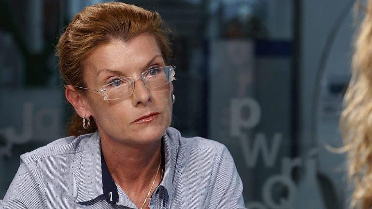 Rakovinu léčí třeba rozvod, vyloučit ji stolicí já neradím, nikoho jsme nepoškodili, říká Klímová.