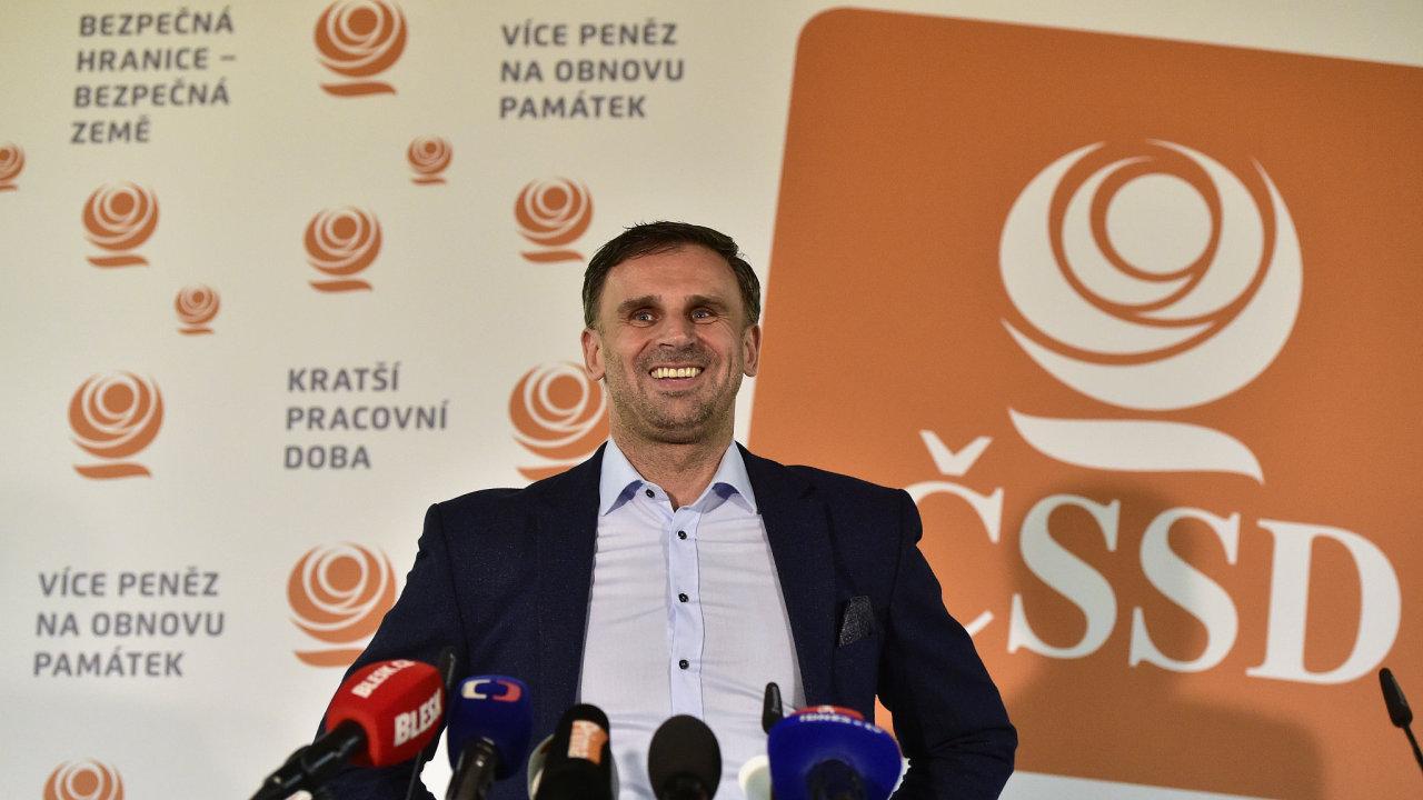 Zimola považuje za nemožné, aby vedení ČSSD v současné podobě změnilo politiku strany.