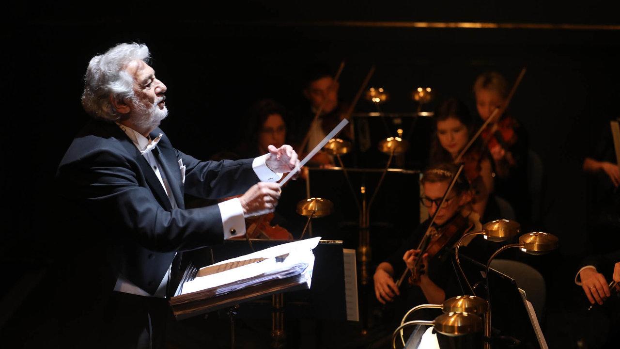Plácido Domingo už vPraze několikrát dirigoval, teď tu pořádá soutěž Operalia.