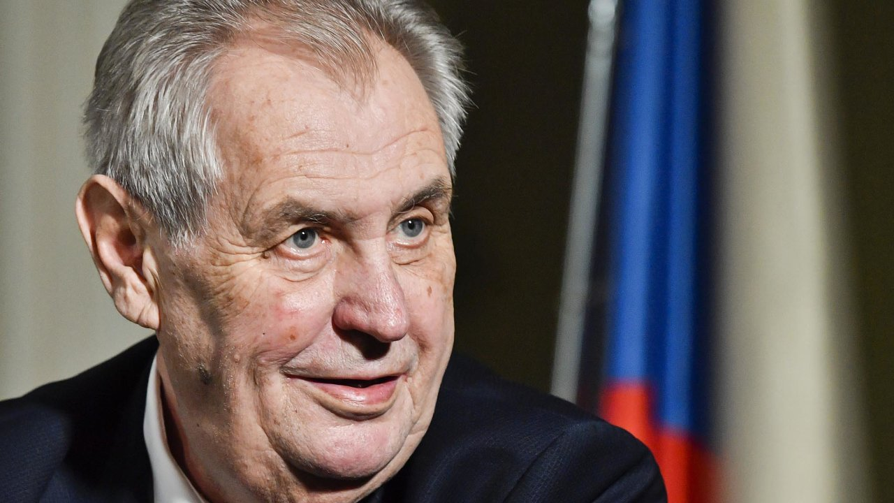 Výsledkem současných hrátek, které Miloše Zemana tak baví, mohou být třeba ipředčasné volby.