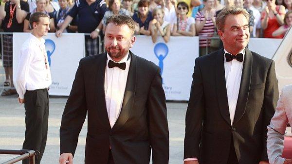 Autor blogu Marek Daniel (vlevo) a delegace Polského filmu na festivalu v Karlových Varech.