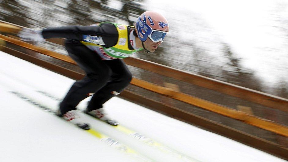 Skoky na lyžích - ilustrační foto.