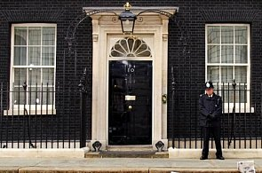 IN or AT Downing Street?