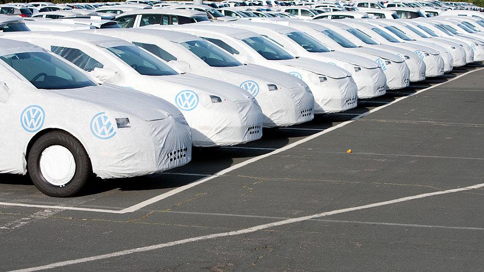 Nové vozy se v Německu příliš neprodávají. Ilustrační foto