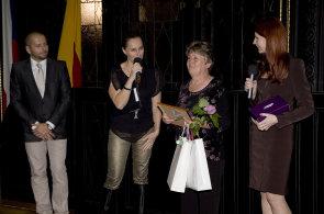 Moderování večera, na kterém byli oceněni finalisté 2. ročníku soutěže Zdravotně postižený Zaměstnanec roku, se 23. října 2012 ujala Lucie Výborná.