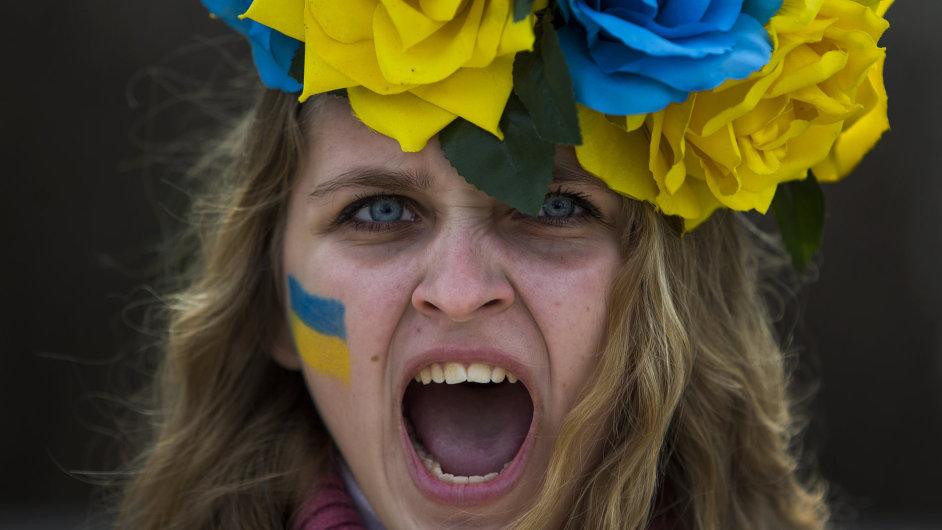 Ukrajinky zahájily sexuální bojkot proti Rusům. Jako odplatu za anexi Krymu