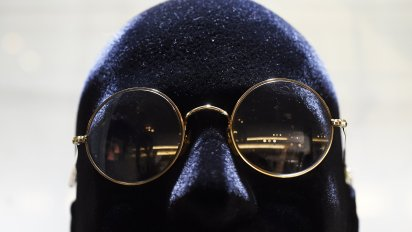 Br�le Johna Lennona