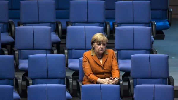 Angela Merkelov� na jedn�n� Bundestagu