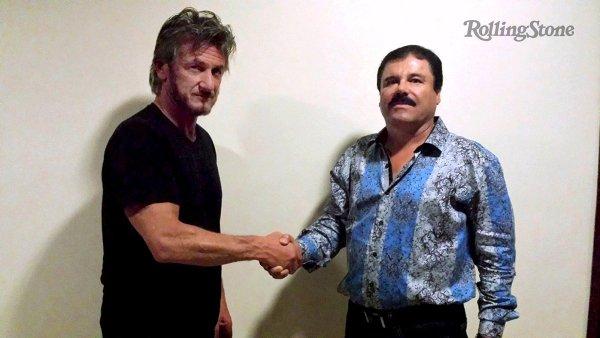 Mexický drogový boss Joaquín Guzmán poskytl rozhovor herci Seanu Pennovi.