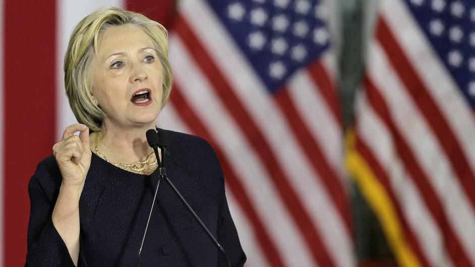 Clintonová hledá viceprezidenta, Sanders to prý nebude