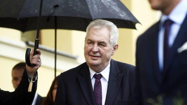 S rozhodnutím prezidenta se Ošťádal nechce smířit