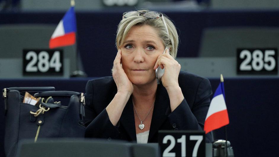 Šéfka francouzské krajní pravice Marine Le Penová.