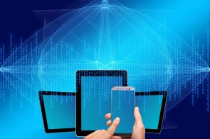 Pro prosazení modelu hybridního IT je klíčová správa a migrace dat, ilustrace