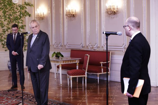 Prezident Miloš Zeman a premiér Bohuslav Sobotka na Hradě.