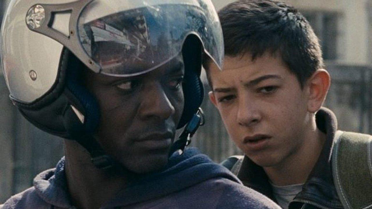 Filmový kritik Kamil Fila chválí italský snímek Ciambra, který vypráví o dospívajícím romském zlodějíčkovi.