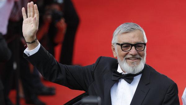 Za živou tváří filmového festivalu v Karlových Varech stojí z nemalé části jeho ředitel, Jiří Bartoška.