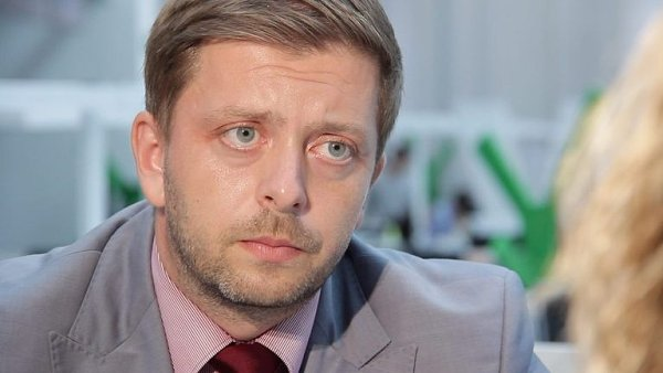 První místopředseda STAN a náměstek hejtmanky Středočeského kraje pro bezpečnost Vít Rakušan.
