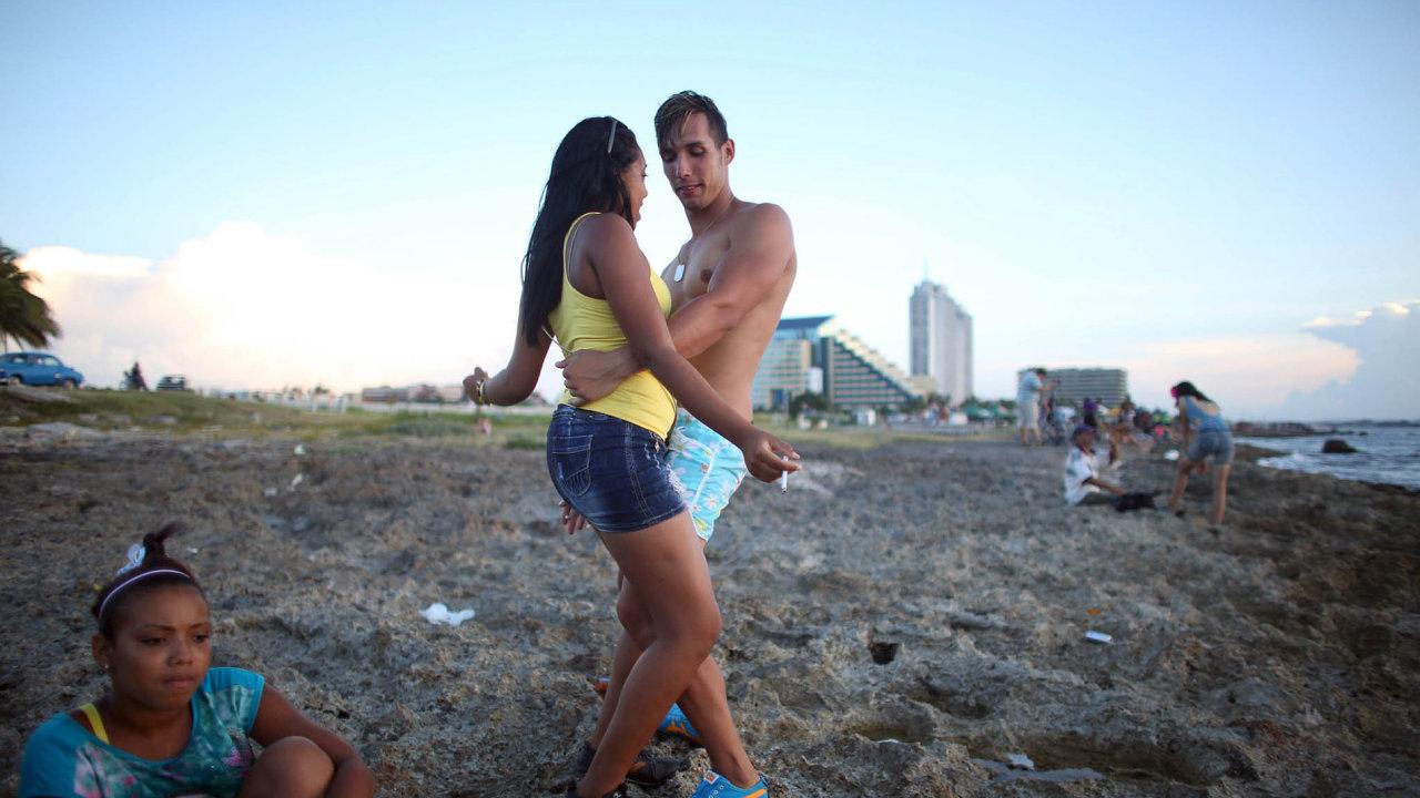Řada cestovek ruší zájezdy s odlety do 25. září do karibských oblastí Varadero a Havana.
