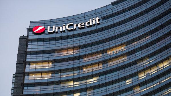 Italská UniCredit se zajímá o spojení se Société Générale.