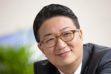 Novým prezidentem zastoupení značky Kia Motors v ČR byl jmenovaný Če Jun-kim (na snímku), který dosud působil v oddělení obchodu evropské centrály značky.