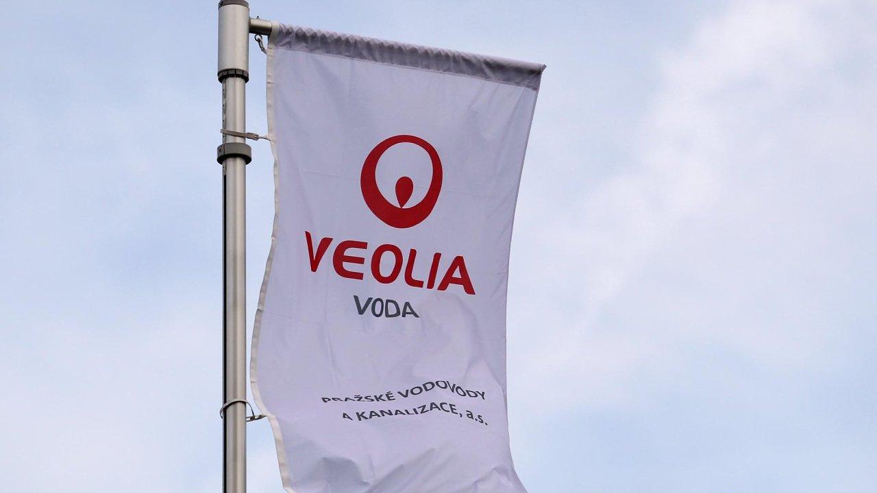 Padesát základních, středních škol igymnázií vČesku astejný počet naSlovensku se zapojily doprojektu Tajný život města, který finančně zaštiťuje společnost Veolia.