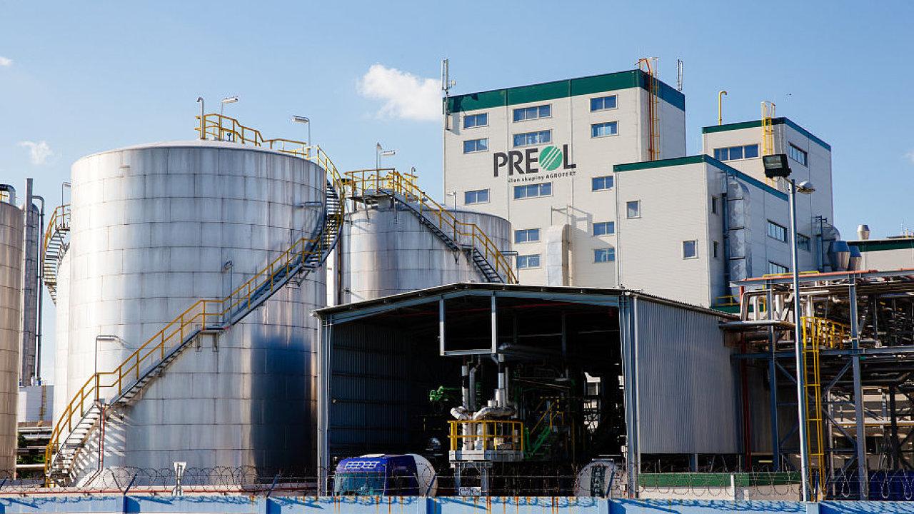 Jedním z největších zpracovatelů řepkového semene a výrobcem metylesteru, který se přimíchává do bionafty, je společnost Preol z holdingu Agrofert.