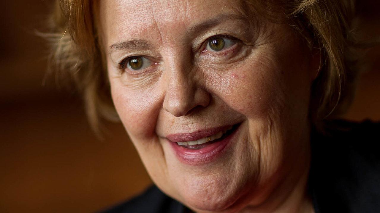Ženy do popředí! Magda Vášáryová stále vidí do slovenské politiky a fandí v ní ženám.