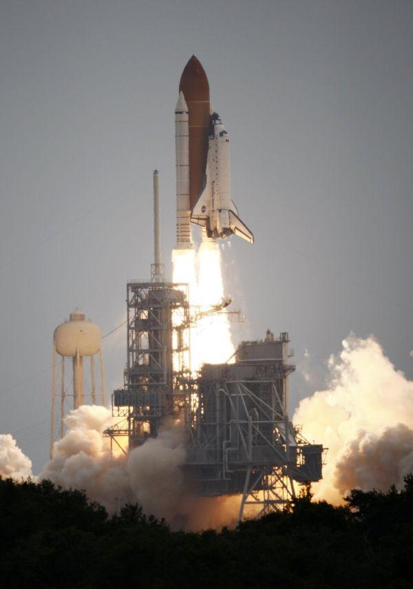 Start raketoplánu Atlantis