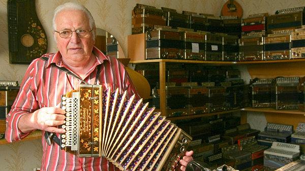 Sběratel harmonik Jiří Sedláček