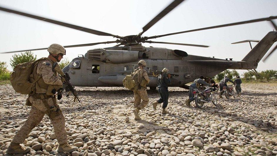 Vrtulník USA v Afghánistánu